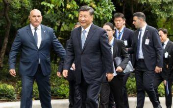 Σι Τζινπίνγκ στη συνάντηση με Παυλόπουλο: Να προωθήσουμε τις διαπολιτιστικές συναλλαγές με ανοιχτό μυαλό