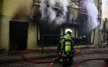 Εικόνα καταστροφής μετά τη φωτιά σε διαμέρισμα στην Κυψέλη