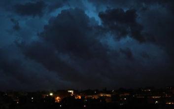 Το μαύρο σύννεφο που κάλυψε την Αττική