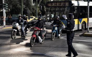 «Εκστρατεία» της Τροχαίας για σταθμεύσεις που εμποδίζουν πεζούς στην Αθήνα