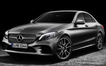 Ανακαλούνται οχήματα Mercedes