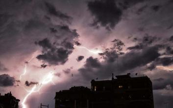 Κακοκαιρία στην Ελλάδα: Έπεσαν 2.500 κεραυνοί - Πού καταγράφονται τα μεγαλύτερα ύψη βροχής