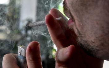 Μόνο ψυχιατρικοί ασθενείς επιτρέπεται να καπνίζουν σε υπαίθριους χώρους του νοσοκομείου Παπαγεωργίου