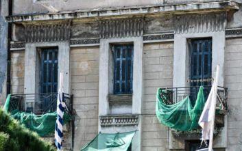 Ολοκληρώθηκε η επιχείρηση της Αστυνομίας σε υπό κατάληψη κτίριο δίπλα στην ΑΣΟΕΕ