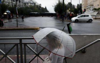Καιρός: Κινείται προς Αττική και Αθήνα το ψυχρό μέτωπο, έπεσαν 6.650 κεραυνοί έως τις 14:00