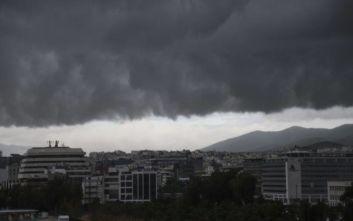 «Καμπανάκι» Αρναούτογλου για τον καιρό αύριο: Χρειάζεται προσοχή στην Αττική