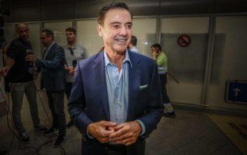 Ρικ Πιτίνο: Έφτασε στην Ελλάδα για την Εθνική Μπάσκετ