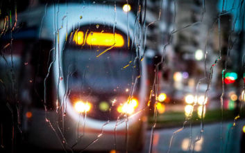 Η κακοκαιρία χτυπά την Αττική, χάος στους δρόμους