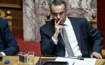 Σταϊκούρας: Στόχος είναι τα έκτακτα οικονομικά μέτρα λόγω κορονοϊού να εφαρμοστούν και τον Μάϊο