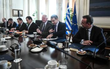 Τα συγχαρητήρια Μητσοτάκη στους υπουργούς, «30 νομοσχέδια μέχρι το τέλος του 2019»