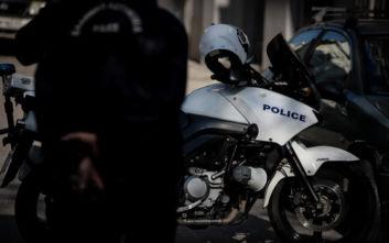 Καταδίωξη στο Κορωπί: Συμμορία με παρελθόν για σοβαρά αδικήματα οι πέντε συλληφθέντες