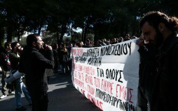 Άνοιξε η Ποσειδώνος μετά τις συμπλοκές μεταξύ φοιτητών και ΜΑΤ