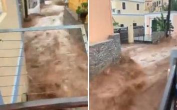 Κακοκαιρία Γηρυόνης: Σοκαριστικές εικόνες στη Σύμη με ορμητικά ποτάμια λάσπης