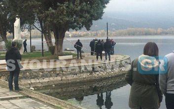 Χωρίς τις αισθήσεις του ανασύρθηκε ηλικιωμένος στη λίμνη της Καστοριάς