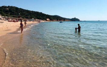 Εισιτήριο θα πληρώνουν οι τουρίστες για να απολαύσουν διάσημη παραλία στη Σαρδηνία