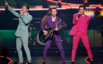 Βραβείο «Διεθνής Καλλιτέχνης της Χρονιάς» για τους Jonas Brothers