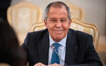 Λαβρόφ: Υποστηρίζουμε την πρόταση Σίσι - Χάφταρ για την επίτευξη εκεχειρίας στη Λιβύη
