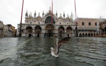 Πλημμύρες στη Βενετία: Η ιστορική Βασιλική του Αγίου Μάρκου κινδυνεύει να πληγεί ανεπανόρθωτα