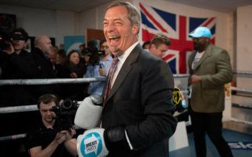 Βρετανία: Το Κόμμα του Brexit του Νάιτζελ Φάρατζ θα διεκδικήσει έδρες των Εργατικών