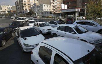 Ιράν: Επεισοδιακές οι διαδηλώσεις για την αύξηση της τιμής της βενζίνης