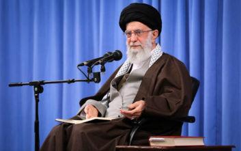 Χαμενεΐ: Το Ιράν απώθησε τον εχθρό, οι διαδηλώσεις δεν προέρχονταν από τον λαό