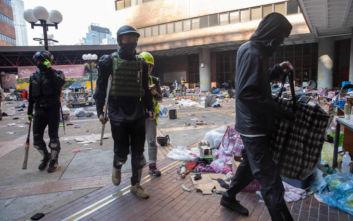 Χονγκ Κονγκ: Συνεχίζεται η πολιορκία στην Πολυτεχνική Σχολή, δεκάδες συλλήψεις