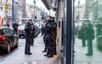 Συναγερμός στο Βερολίνο για πυροβολισμούς