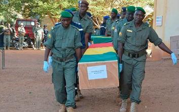 Ακόμα δεκατρία πτώματα στρατιωτών ανακάλυψαν οι αρχές στο Μαλί, στους 43 ο απολογισμός των νεκρών