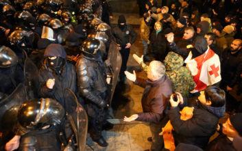 Σε τεταμένη κατάσταση η Γεωργία από τις αντικυβερνητικές διαδηλώσεις