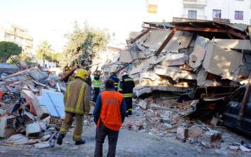 Η στιγμή που ο σεισμός των 6,4 Ρίχτερ χτυπάει την Αλβανία