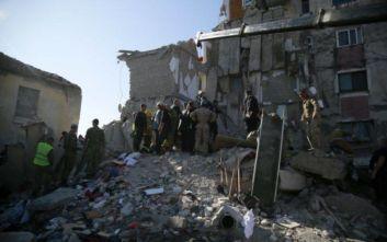 Φονικός σεισμός στην Αλβανία: Στο πλευρό των γειτόνων τους οι Σέρβοι