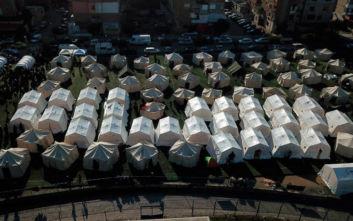 Διεθνή σύνοδο για βοήθεια στην Αλβανία πρότεινε ο Μακρόν