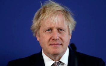 Επίθεση με μαχαίρι στο Λονδίνο: «Υπό έλεγχο το επεισόδιο», λέει ο Τζόνσον