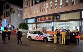 Επίθεση με μαχαίρι στη Χάγη: Τρεις οι τραυματίες