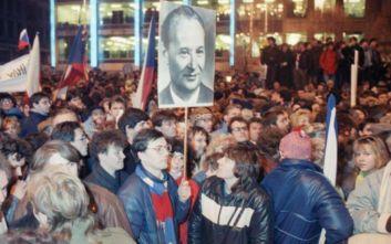 ΚΚΕ στην Ευρωβουλή: Με απόντες τους λαούς οι αντικομμουνιστικές φιέστες