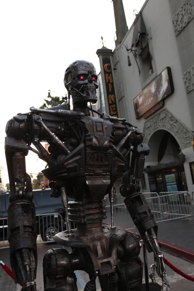 Τα ρομπότ θα μας πάρουν τις δουλειές και θα κατακτήσουν την ανθρωπότητα; – Newsbeast