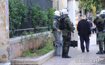 Ισχυρές αστυνομικές δυνάμεις έξω από την ΑΣΟΕΕ