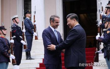 Στο Μέγαρο Μαξίμου ο Κινέζος Πρόεδρος, σε εξέλιξη η συνάντηση με τον Κυριάκο Μητσοτάκη