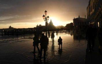 Ιταλία: Νέα, αλλά χαμηλότερης έντασης πλημμύρα στην Βενετία