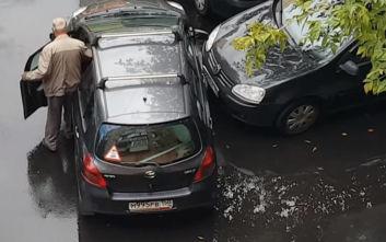 Έχουν πολλή δουλειά ακόμη στο παρκάρισμα