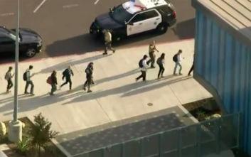 Πυροβολισμοί σε λύκειο στην Καλιφόρνια