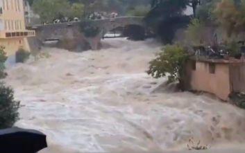 Γαλλία: Δύο νεκροί από τις σαρωτικές πλημμύρες που έπληξαν την Κυανή Ακτή
