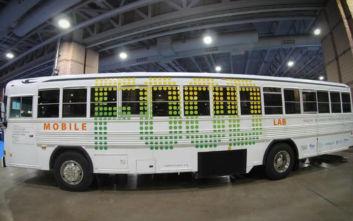 Παλιό λεωφορείο έγινε κήπος για να μαθαίνουν τα παιδιά να τρέφονται καλύτερα
