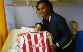 Ο Ολυμπιακός δίπλα στον 14χρονο που παρασύρθηκε από αυτοκίνητο και εγκαταλείφθηκε στην Πεντέλη