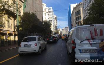 Κίνηση τώρα: Μποτιλιαρισμένοι οι δρόμοι στο κέντρο της Αθήνας