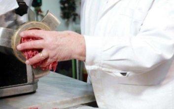 Κρήτη: Έκοψε τα δάχτυλά του σε μηχανή κιμά στο Ηράκλειο