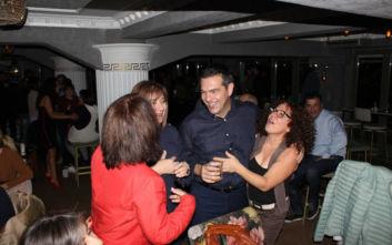 Για ποτό σε κεντρικό μπαρ της Κοζάνης ο Αλέξης Τσίπρας