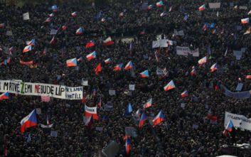Τσεχία: Μαζικές αντικυβερνητικές διαδηλώσεις