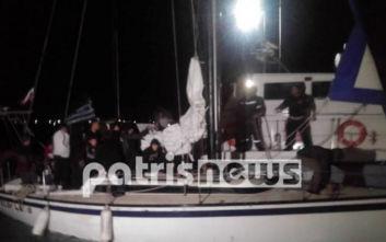 Αποβιβάστηκαν στο Κατάκολο οι μετανάστες που εντοπίστηκαν ανοιχτά του Ιονίου