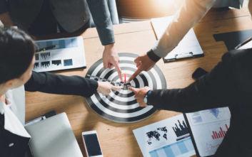 H αλλαγή σκέψης που πρέπει να κάνεις για να γνωρίσεις την επαγγελματική επιτυχία
